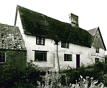 Bury Farm in 1977 [Z50/122/25]